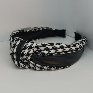 Knotted Houndstooth Headband
